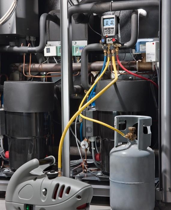 Вакууммирование холодильных систем с помощью Testo 570